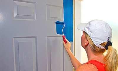 okrashivaem-okna-i-dveri