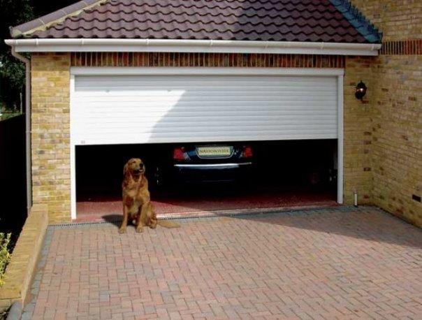 stroim-garazh-sami-i-nedorogo