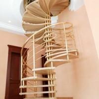 Видыо ригинальных лестниц