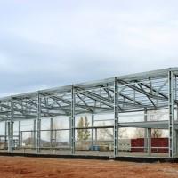 Строительство с помощью оцинкованных металлоконструкций