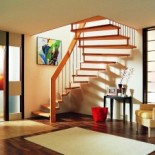 Лестница в квартире: от монументальности к легкости