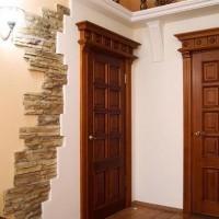 Использование межкомнатных дверей из массива для преображения интерьера