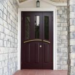 Выбираем входные двери для своей квартиры или дома
